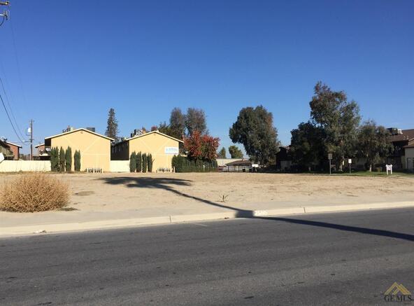 2600 Los Carneros Pl., Bakersfield, CA 93307 Photo 2