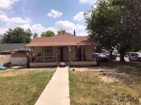 Home for sale: 2025 Potomac Avenue, Bakersfield, CA 93307