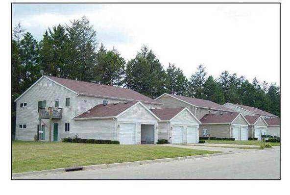 1501 Field Cir., Freeport, IL 61032 Photo 1