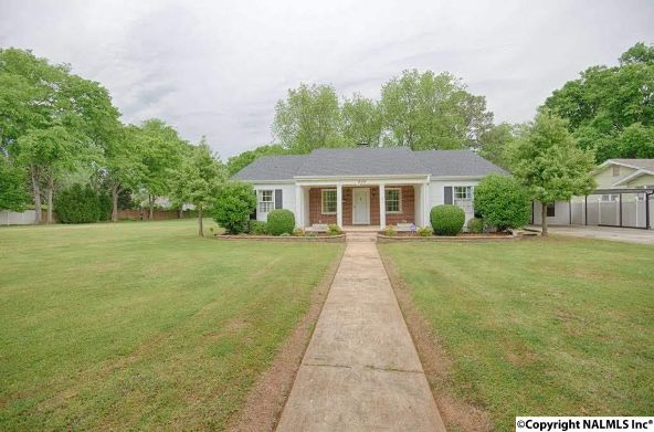 814 S.E. Gordon Dr., Decatur, AL 35601 Photo 2