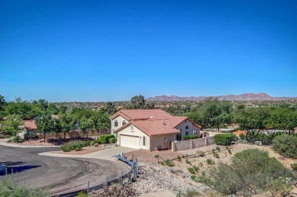 10050 N. Colony, Oro Valley, AZ 85737 Photo 3