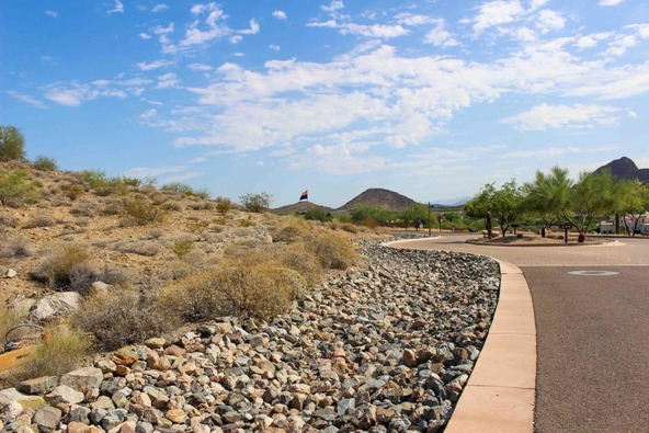 6528 W. Gold Mountain Pass Pass, Phoenix, AZ 85083 Photo 6