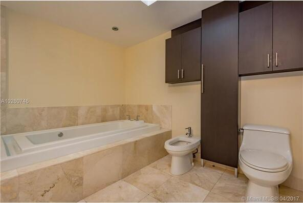 218 Southeast 14th St., Miami, FL 33131 Photo 23