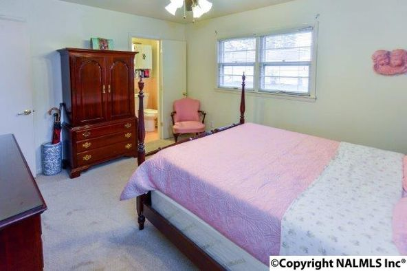 1704 Summerlane, Decatur, AL 35601 Photo 20