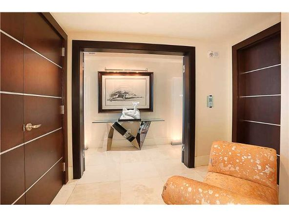 1331 Brickell Bay Dr. # 2305, Miami, FL 33131 Photo 9