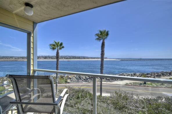 2595 Ocean Front Walk, San Diego, CA 92109 Photo 2