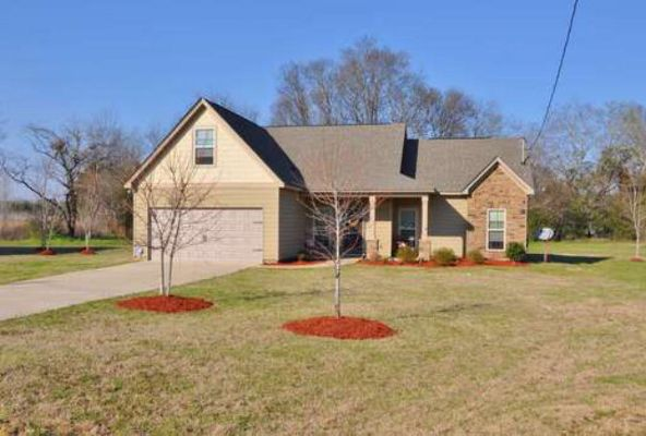 3 Churchill Dr., Fort Mitchell, AL 36856 Photo 1