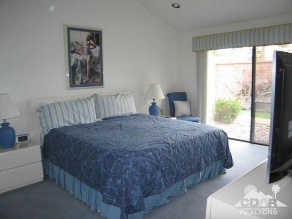 278 San Vicente Cir., Palm Desert, CA 92260 Photo 16