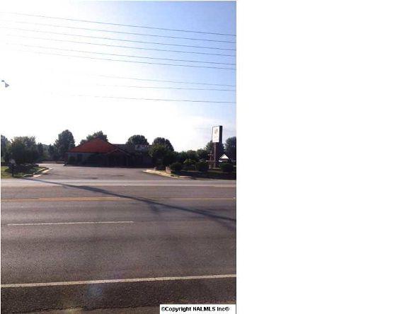 1847 Winchester Rd., Huntsville, AL 35811 Photo 2