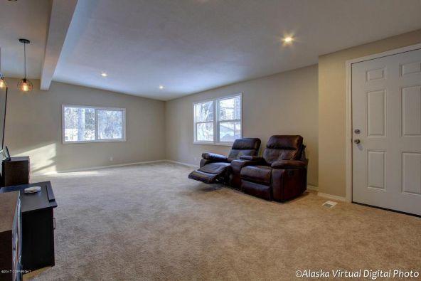 2400 W. 34th Avenue, Anchorage, AK 99517 Photo 5