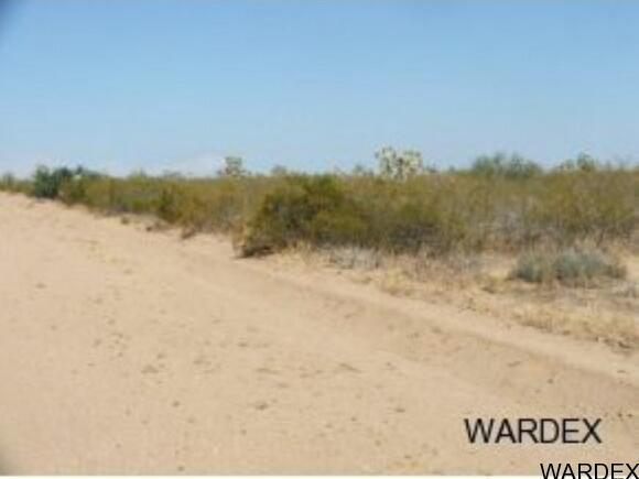Par 2097 Wild Bill Rd., Yucca, AZ 86438 Photo 11