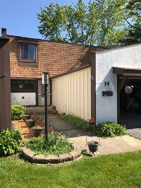 Home for sale: 14 Deercrest Square, Indian Head Park, IL 60525