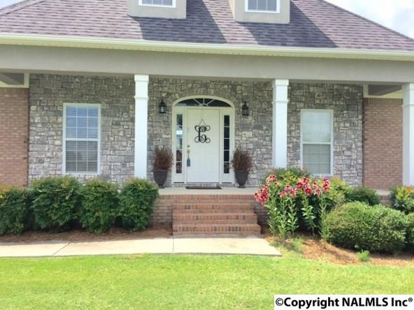 51 Bentbrook Dr., Albertville, AL 35951 Photo 3