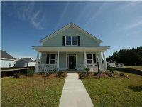 Home for sale: 4 Oak Bluff Avenue, Charleston, SC 29492