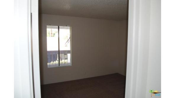 5245 E. Waverly Dr., Palm Springs, CA 92264 Photo 6