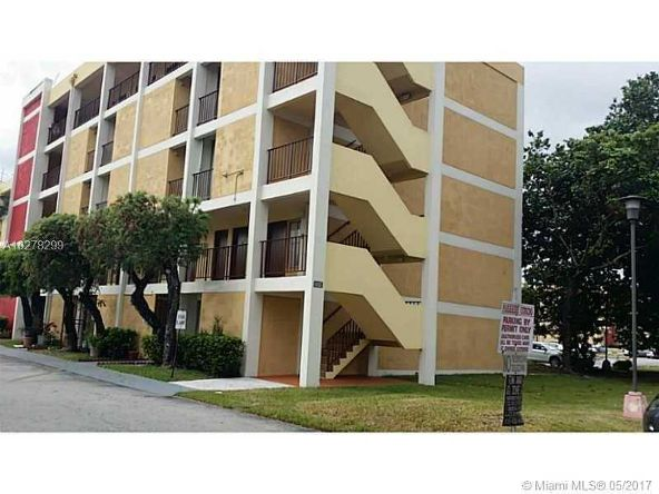 9220 Fontainebleau Blvd., Miami, FL 33172 Photo 1