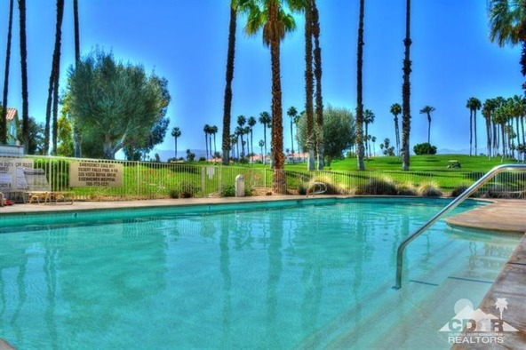 287 Vista Royale Cir. West, Palm Desert, CA 92211 Photo 10