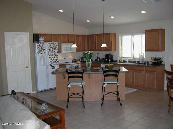 2890 E La Costa Drive, Chandler, AZ 85249 Photo 2