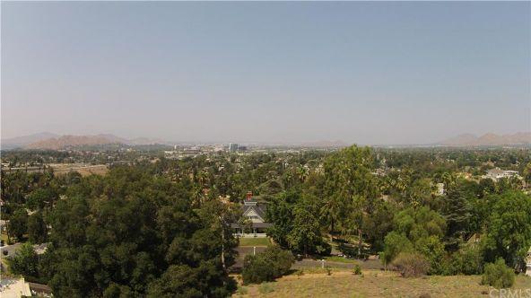 5158 Hallwood Avenue, Riverside, CA 92506 Photo 10