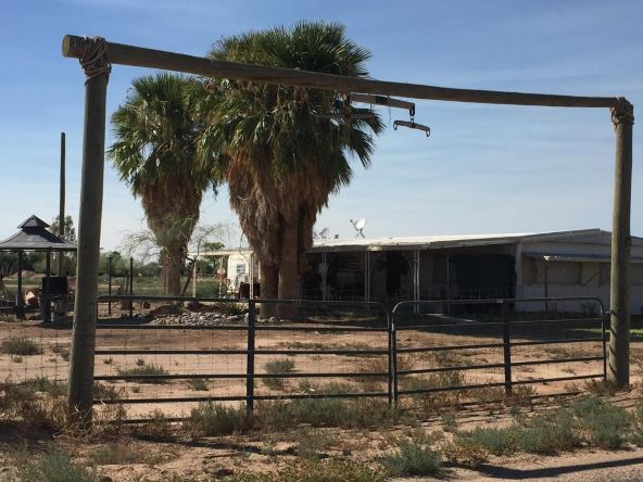 64 N. Desert Ln., Coolidge, AZ 85128 Photo 2