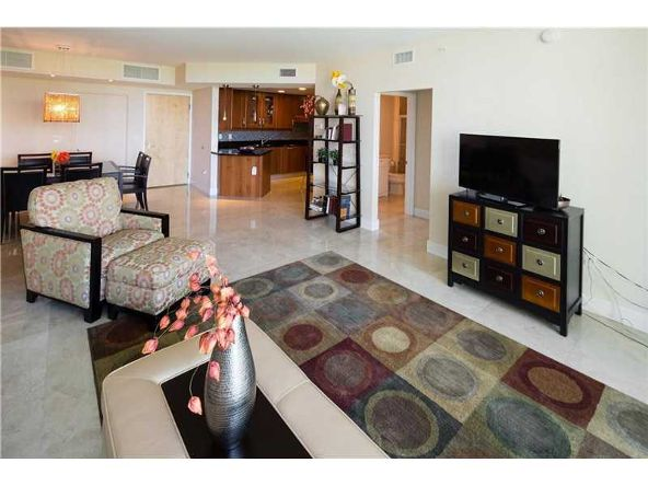 19400 Turnberry Way # 321, Aventura, FL 33180 Photo 3