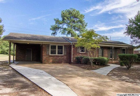 1806 Corrine Avenue S.W., Decatur, AL 35601 Photo 3