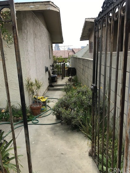 1016 Figueroa Terrace, Los Angeles, CA 90012 Photo 16