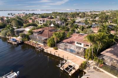872 Cypress Lake Cir., Fort Myers, FL 33919 Photo 13
