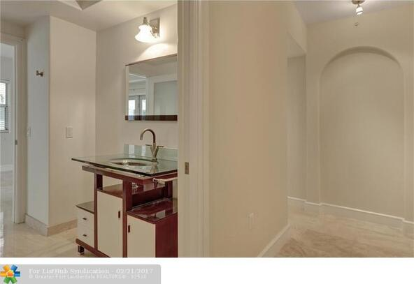 1040 10th St. 402, Miami Beach, FL 33139 Photo 9