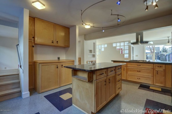 705 W. 13th Avenue, Anchorage, AK 99501 Photo 17
