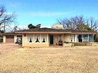 Home for sale: 919 E. Hamilton St., Stamford, TX 79553