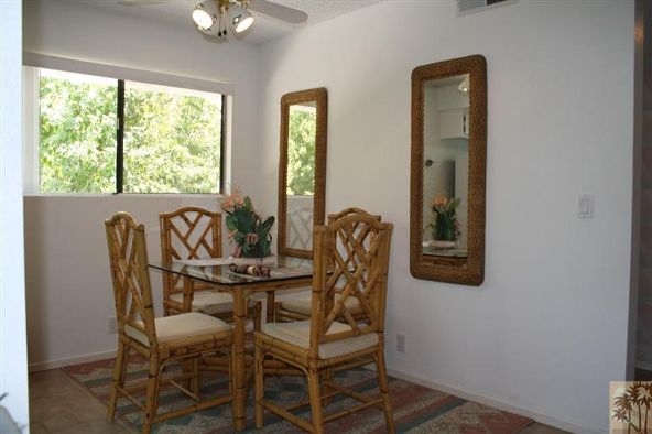 5301 East Waverly Dr., Palm Springs, CA 92264 Photo 7