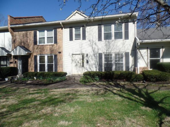 1913 Manor House Dr., Louisville, KY 40220 Photo 2