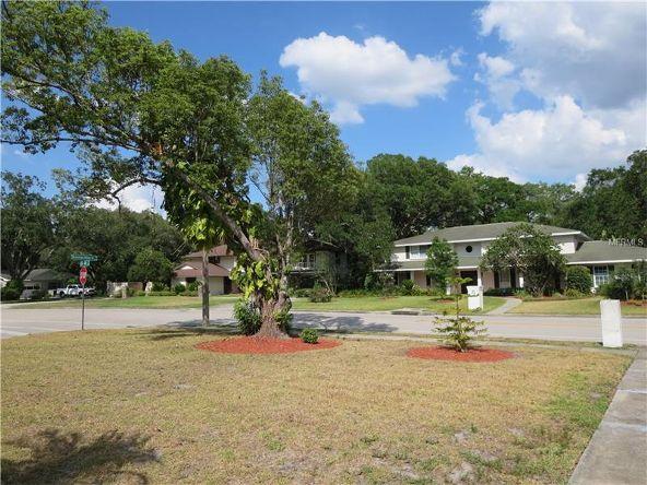 1326 N. Riverhills Dr., Temple Terrace, FL 33617 Photo 7