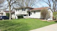 Home for sale: 2707 Crestview Dr., Bettendorf, IA 52722