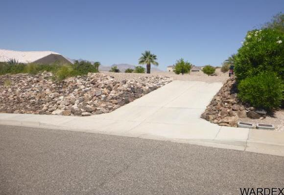 2067 Pegasus Ranch Rd., Bullhead City, AZ 86429 Photo 2