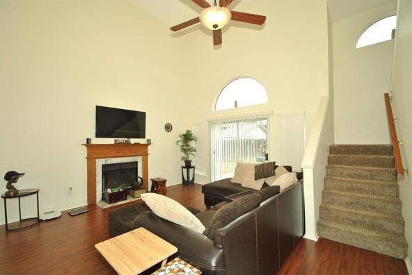 5136 W. Los Altos Avenue, Fresno, CA 93722 Photo 4