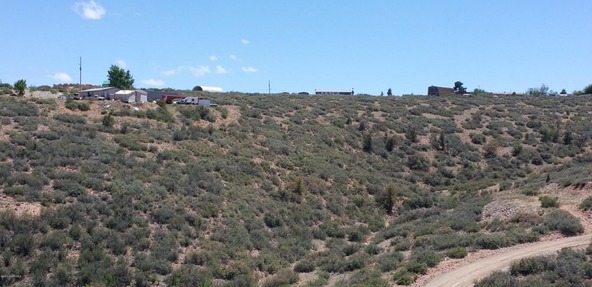 9570 E. Chestnut Hill Avenue, Dewey, AZ 86327 Photo 4