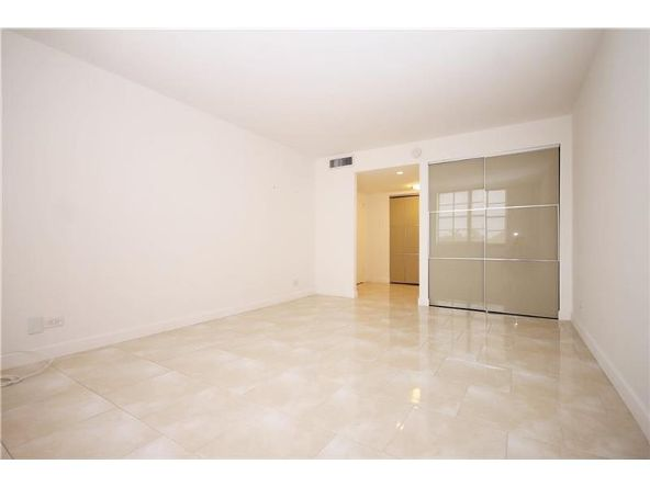 301 174th St. # 505, Sunny Isles Beach, FL 33160 Photo 8