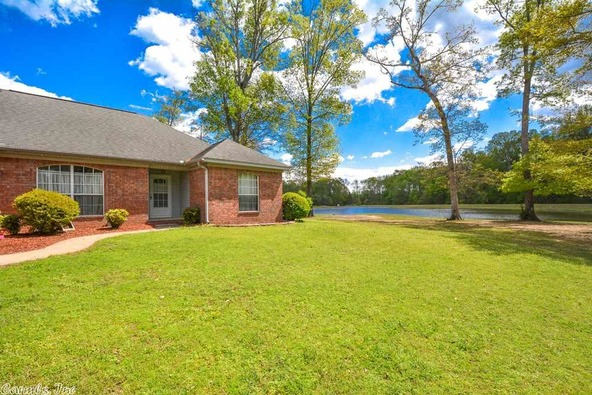 975 Williamsburg Ct., Jacksonville, AR 72076 Photo 2