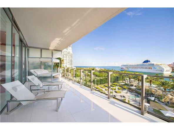 800 S. Pointe Dr. # 703, Miami Beach, FL 33139 Photo 7