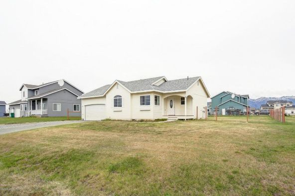 13715 E. Field Ln., Palmer, AK 99645 Photo 2