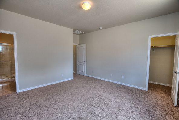 8212 West Kittiwake Lane, Tucson, AZ 85757 Photo 3