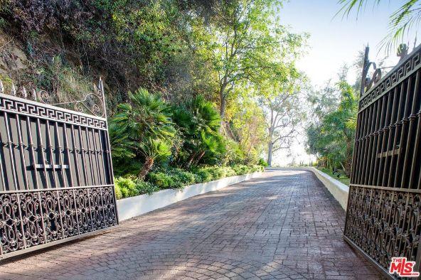 1380 Mockingbird Pl., West Hollywood, CA 90069 Photo 2