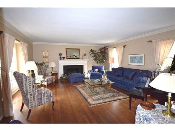 800 Sunningdale Dr., Grosse Pointe Woods, MI 48236 Photo 14