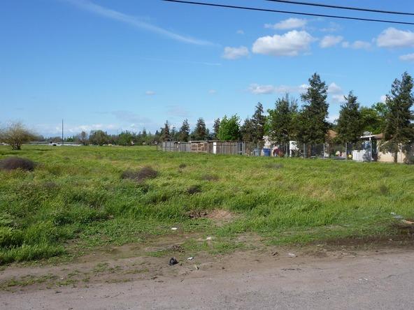 739 E. Samson Avenue, Fresno, CA 93706 Photo 2