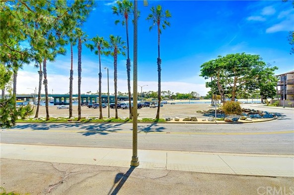 8206 Marina Pacifica Dr. N., Long Beach, CA 90803 Photo 49