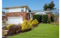 Home for sale: 21 Pasadena Dr., Plainview, NY 11803