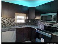 Home for sale: 9811 N. Hollybrook Lake Dr. # 107, Pembroke Pines, FL 33025