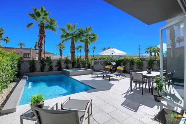 1171 Iris Ln., Palm Springs, CA 92264 Photo 14